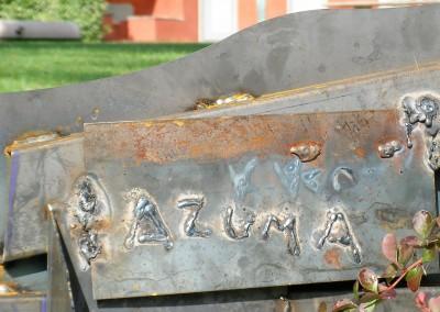 Sogno - particolare installazione in ferro